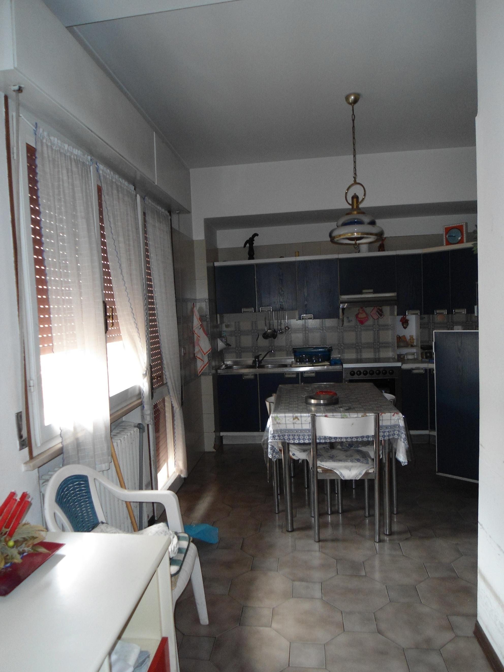 RICCIONE PAESE, appartamento in vendita