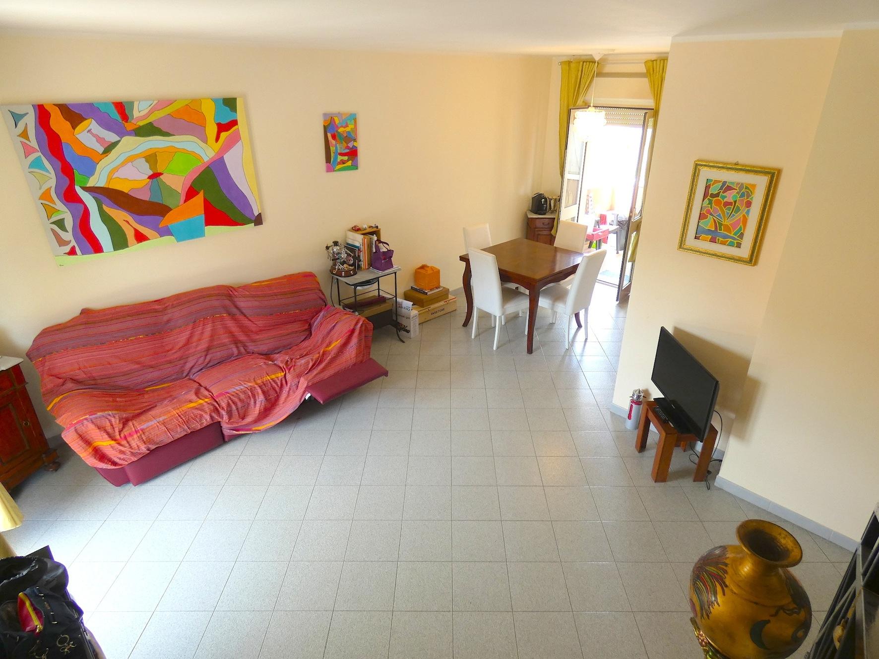 RICCIONE PAESE/STATALE, appartamento in vendita ampia metratura