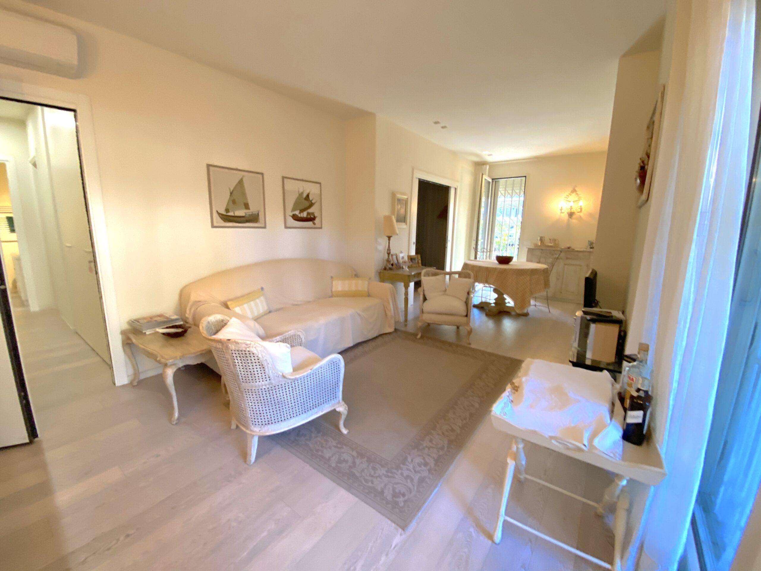 RICCIONE ABISSINIA, Appartamento in affitto con meravigliosa corte privata