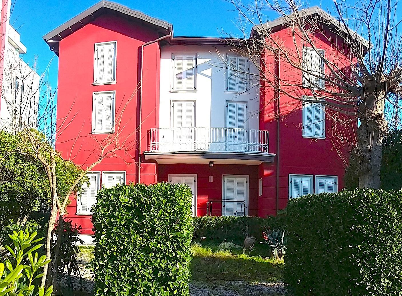 RICCIONE ABISSINIA ,villa vista mare in vendita