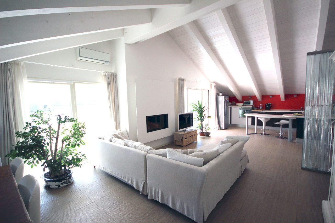 RICCIONE ABISSINIA, attico in vendita ampio terrazzo