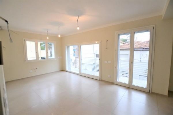 RICCIONE ABISSINIA/CENTRO, appartamento in vendita completamente ristrutturato