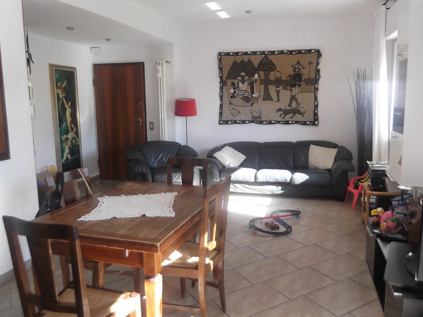 RICCIONE ABISSINIA,  ampio appartamento in vendita vicino al mare