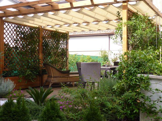 RICCIONE PORTO, Villa in affitto per Agosto con giardino