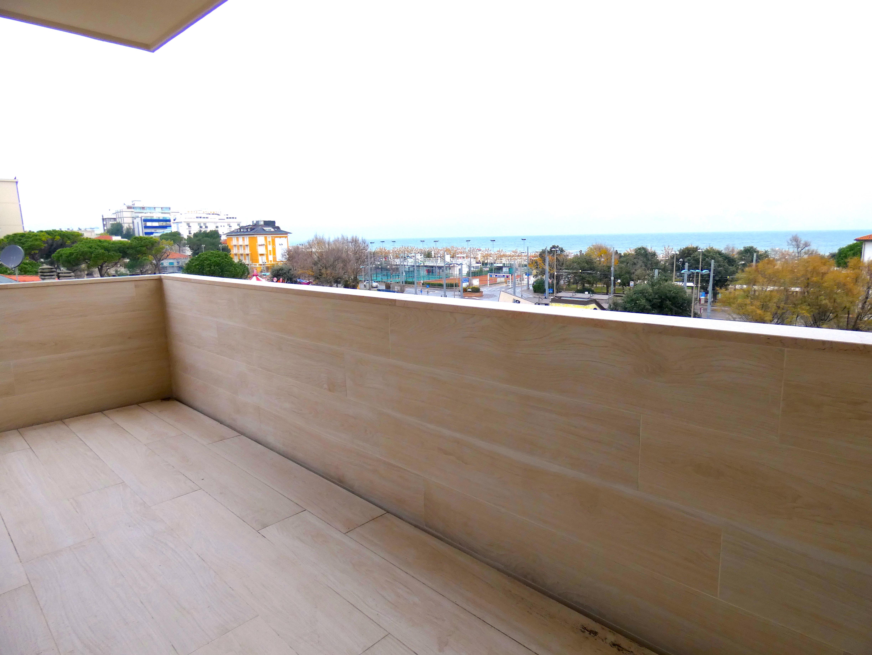 RICCIONE CENTRO , appartamento in affitto stagionale vista mare