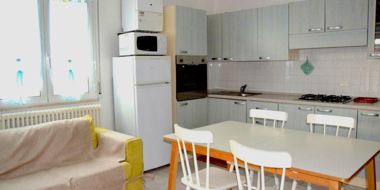 a)cucina