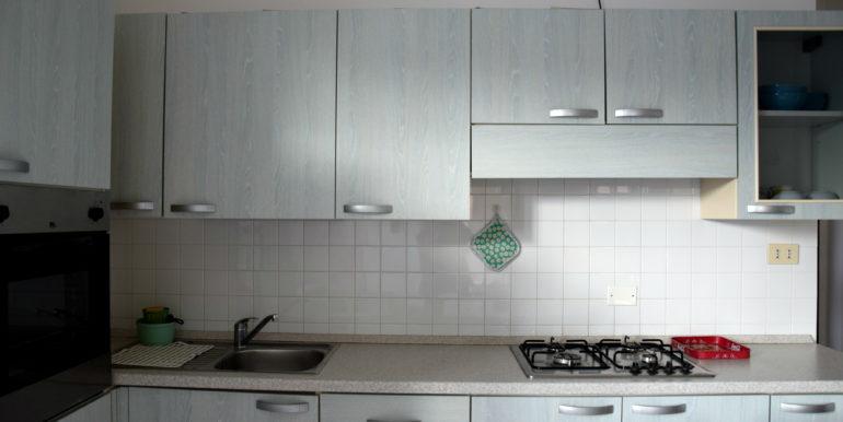b)cucina