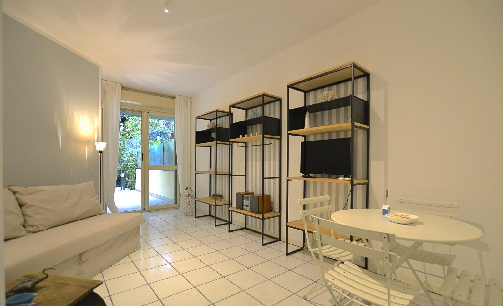 Riccione centro abissinia affitto stagionale piano terra con giardino - Bagno 60 riccione ...