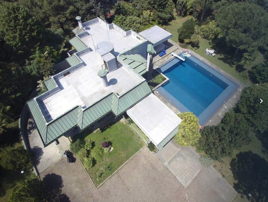 MISANO AL CONFINE CON RICCIONE, Villa con piscina in affitto stagionale