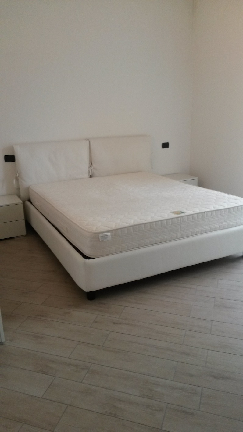 Riccione alba appartamento in affitto stagionale nuovo con terrazzo - Bagno 70 riccione ...