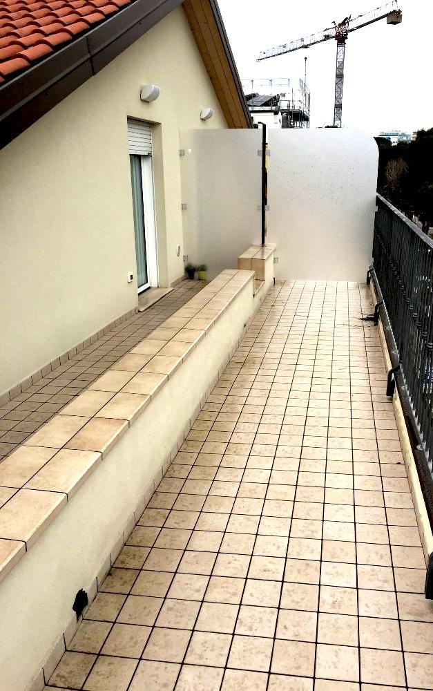 RICCIONE ABISSINIA, Appartamento in affitto stagionale con terrazzo abitabile