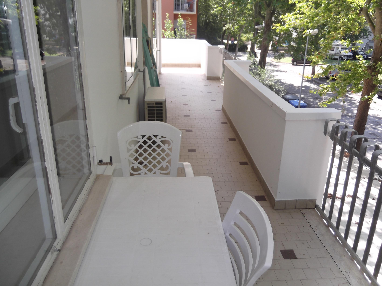 RICCIONE TERME, Appartamento in affitto stagionale con 3 camere