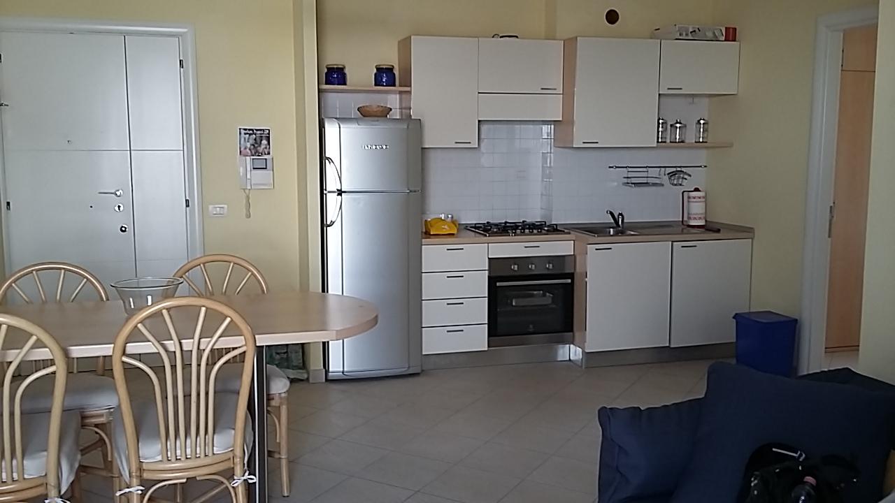 Riccione porto appartamento in affitto stagionale vista mare immobiliare abissinia riccione - Bagno 60 riccione ...