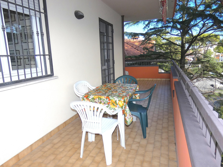 RICCIONE PAESE, Appartamento in affitto stagionale con terrazzo e garage