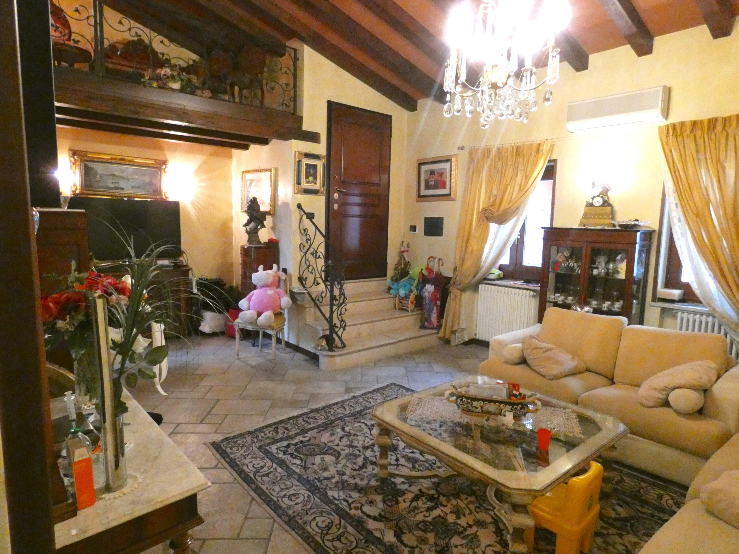 RIMINI CENTRO STORICO, Ampio appartamento in vendita con terrazzo abitabile