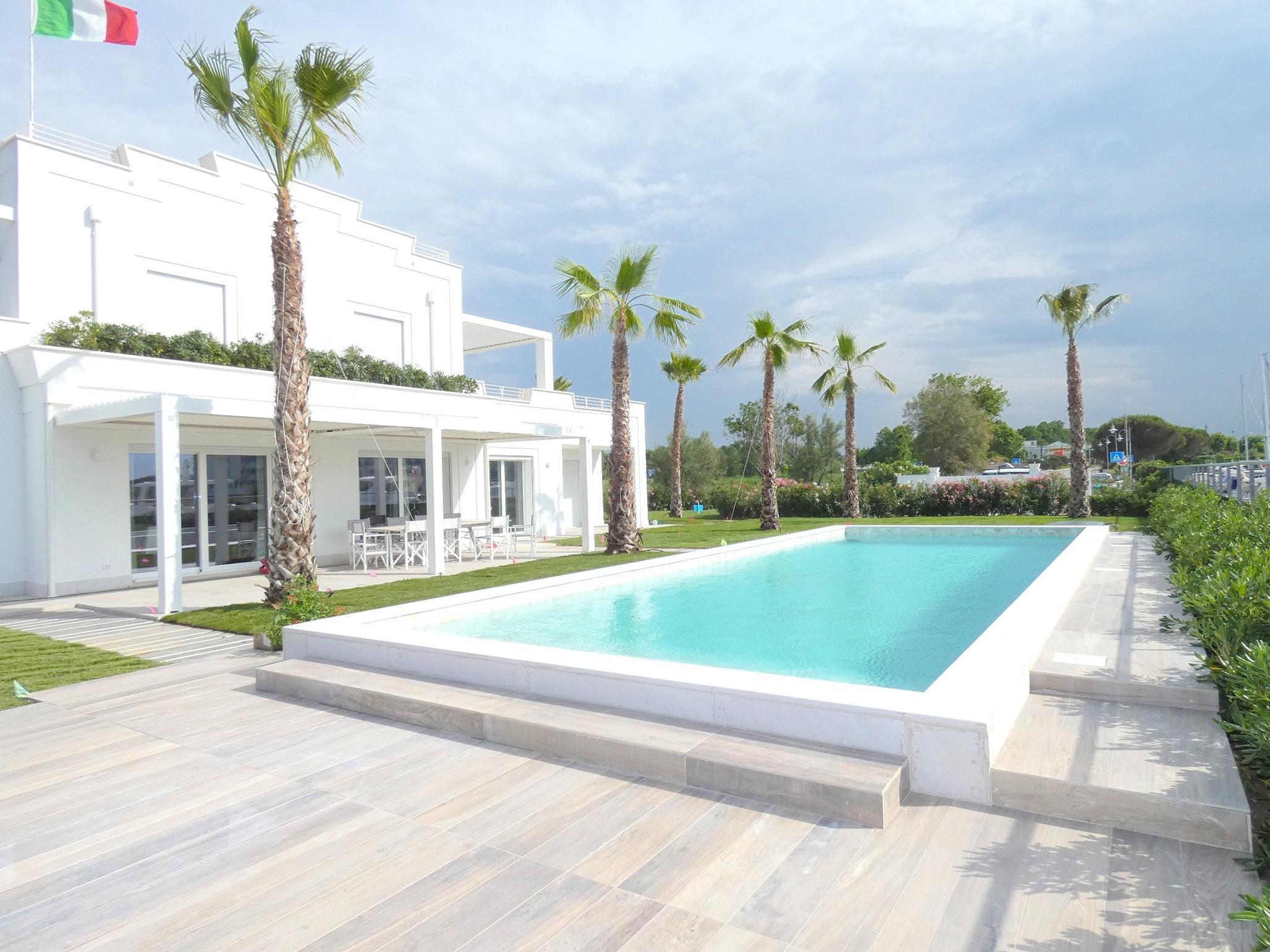 MISANO PORTOVERDE, Meravigliosa villa con piscina in affitto, immobile di pregio