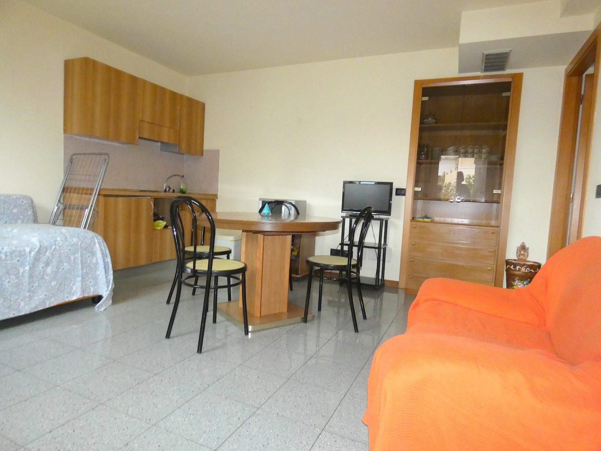 RICCIONE ALBA,  Appartamento bilocale in affitto stagionale o invernale