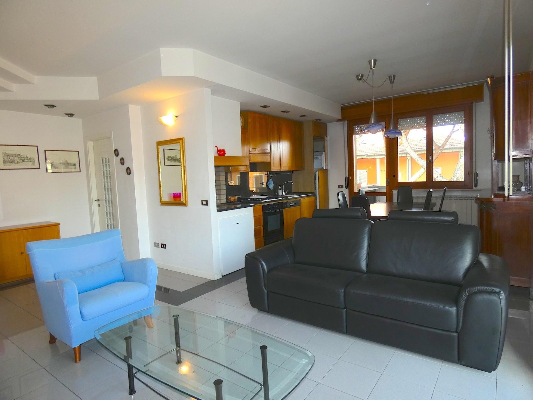 RICCIONE PAESE, Appartamento con 2 camere e terrazzi in affitto annuale