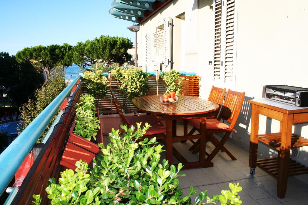 RICCIONE VIALE DANTE , Meraviglioso attico con terrazzi abitabili  in vendita