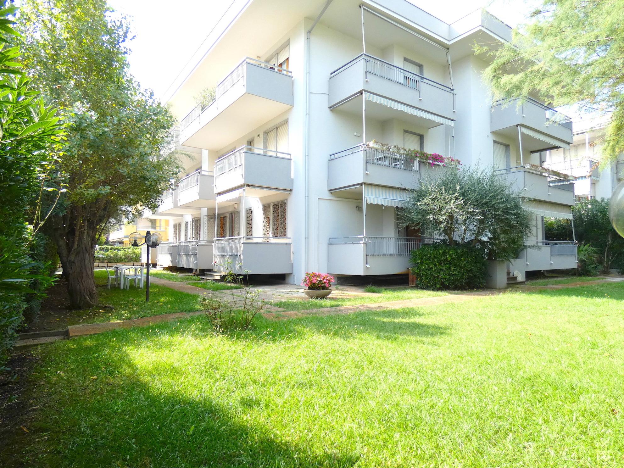 RICCIONE PORTO, Appartamento di circa 200 mq con giardino in vendita