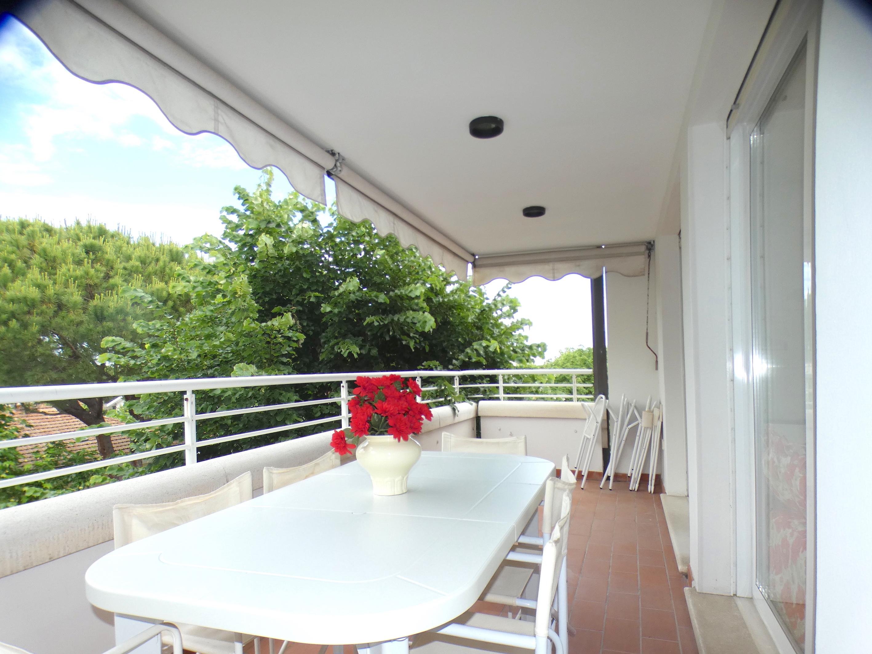 RICCIONE ABISSINIA, Delizioso bilocale con terrazza in affitto AGOSTO