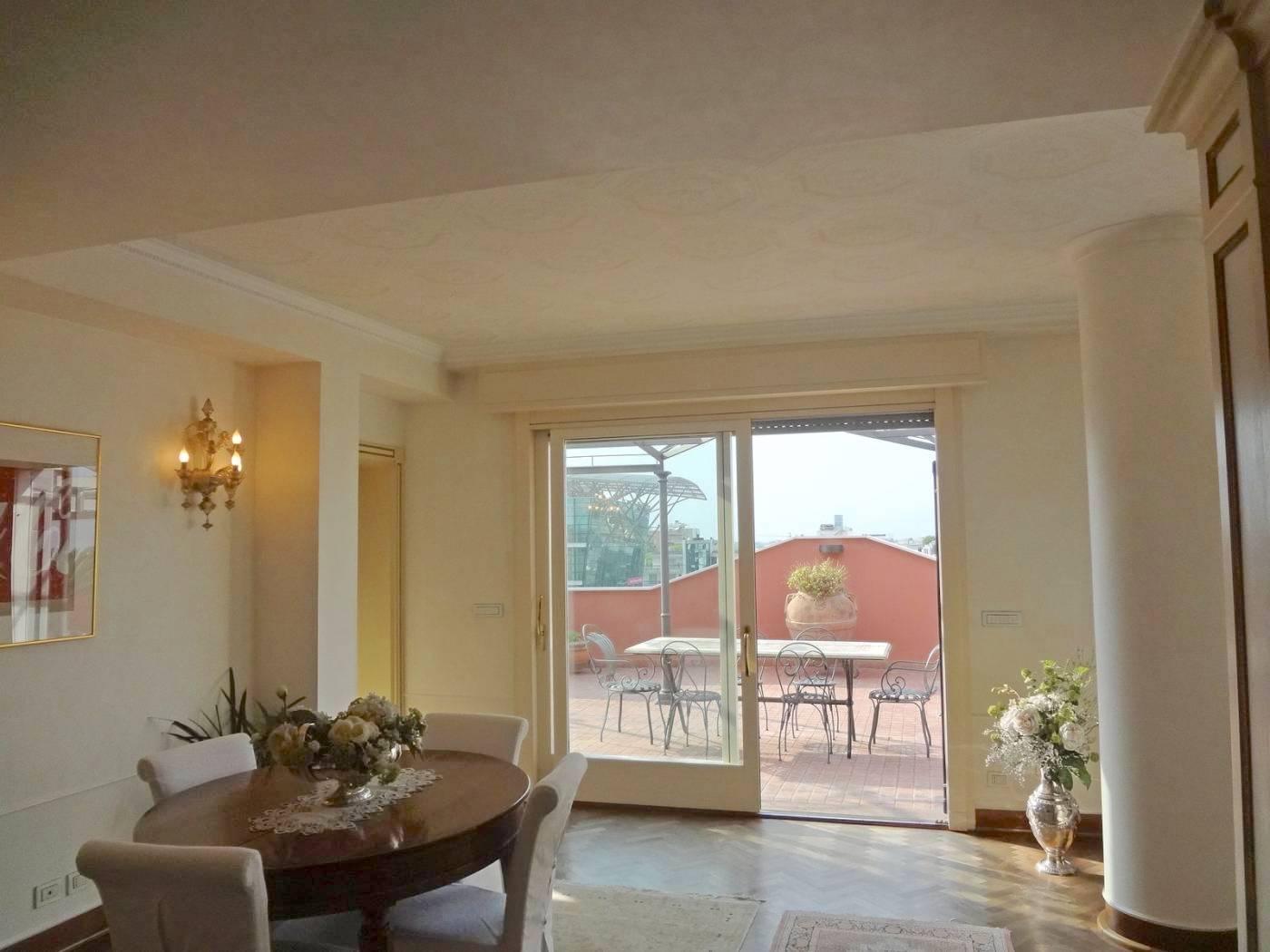 RICCIONE CECCARINI,  Lussuoso attico con terrazze in vendita