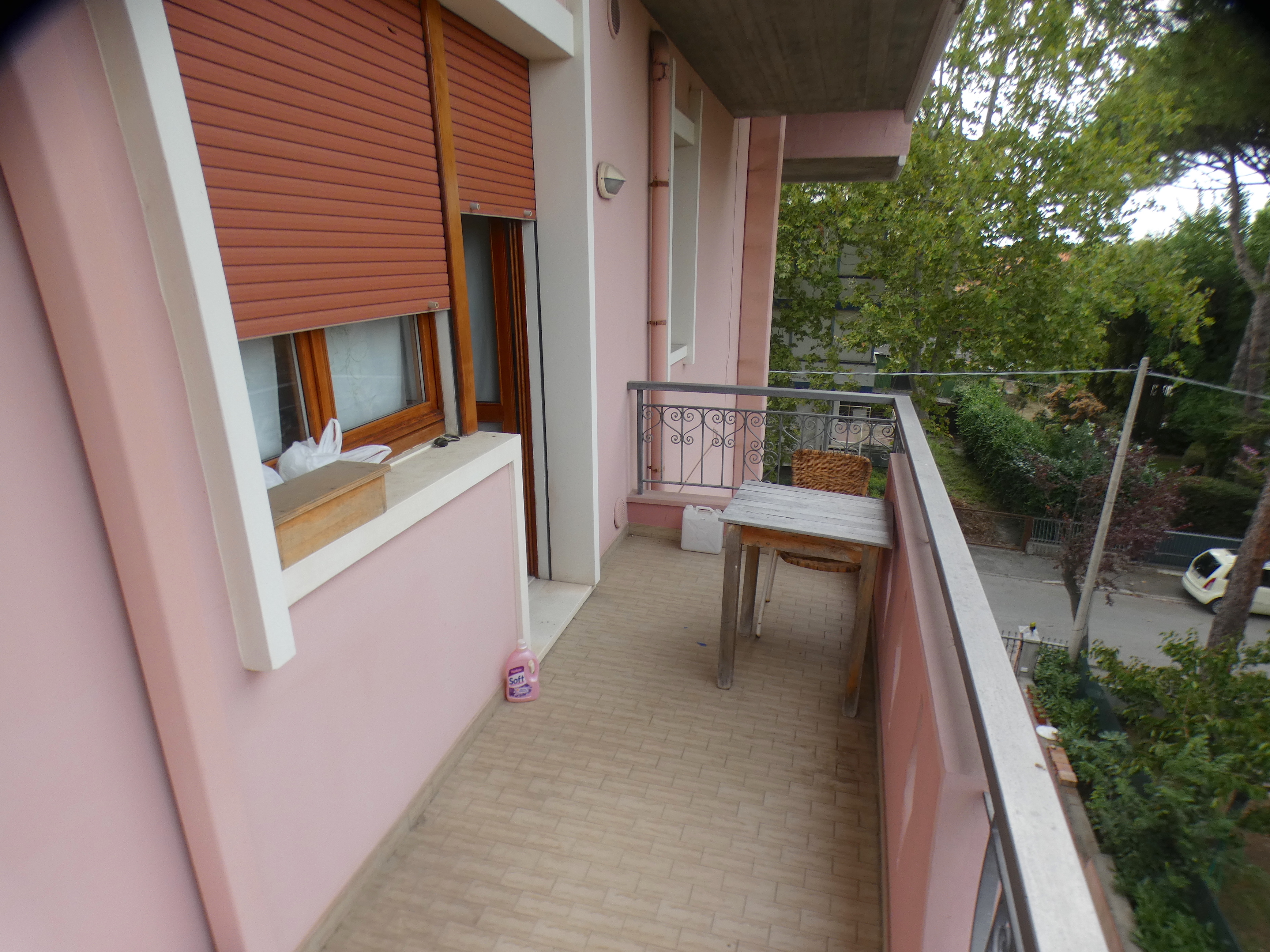 RICCIONE PARCO, Trilocale  con terrazzo abitabile e posto auto