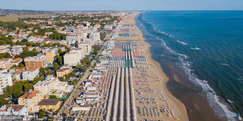 riccione-beach2-1600x900