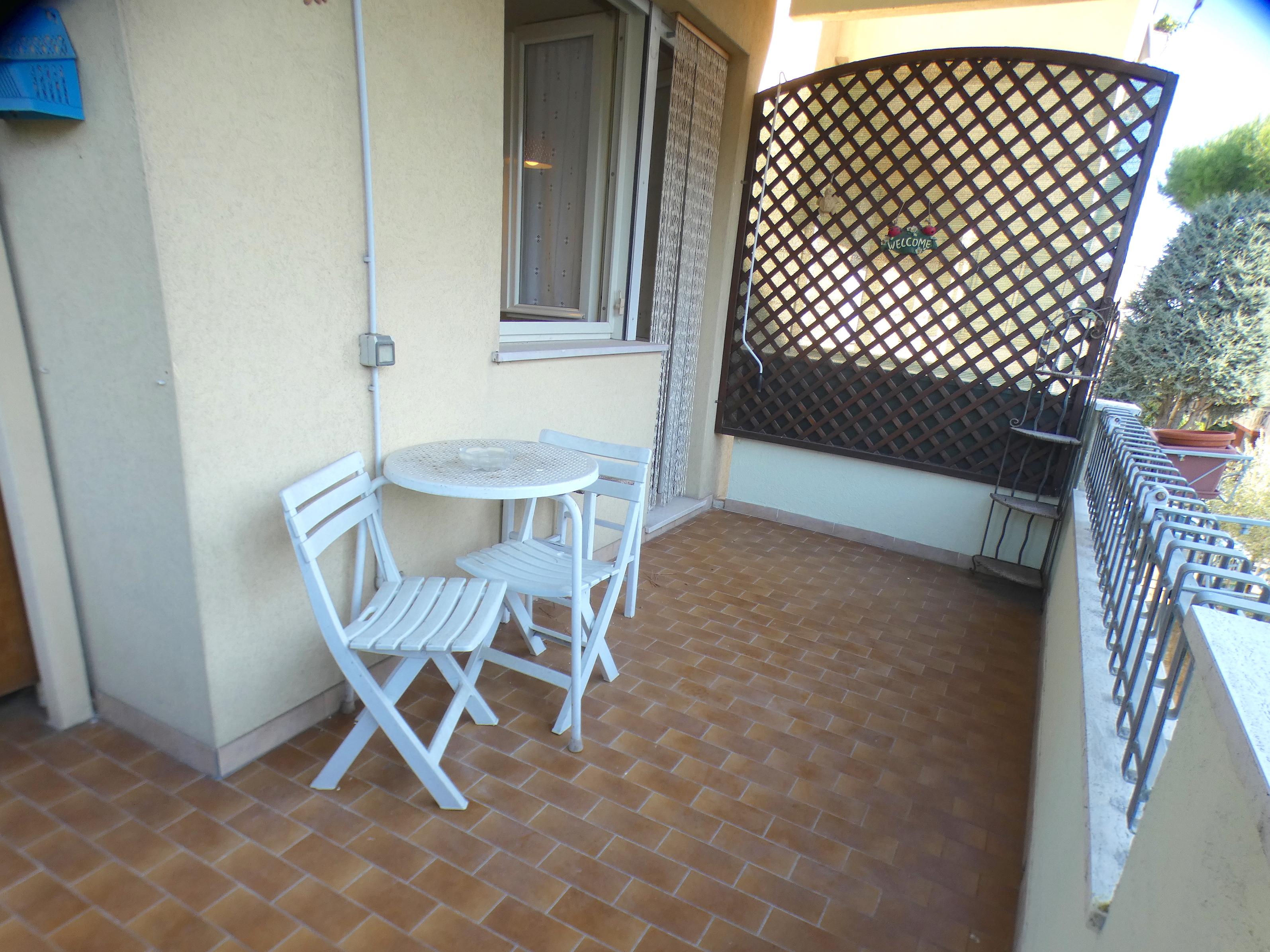 RICCIONE PUNTA DELL' EST, bilocale con terrazzo abitabile in vendita