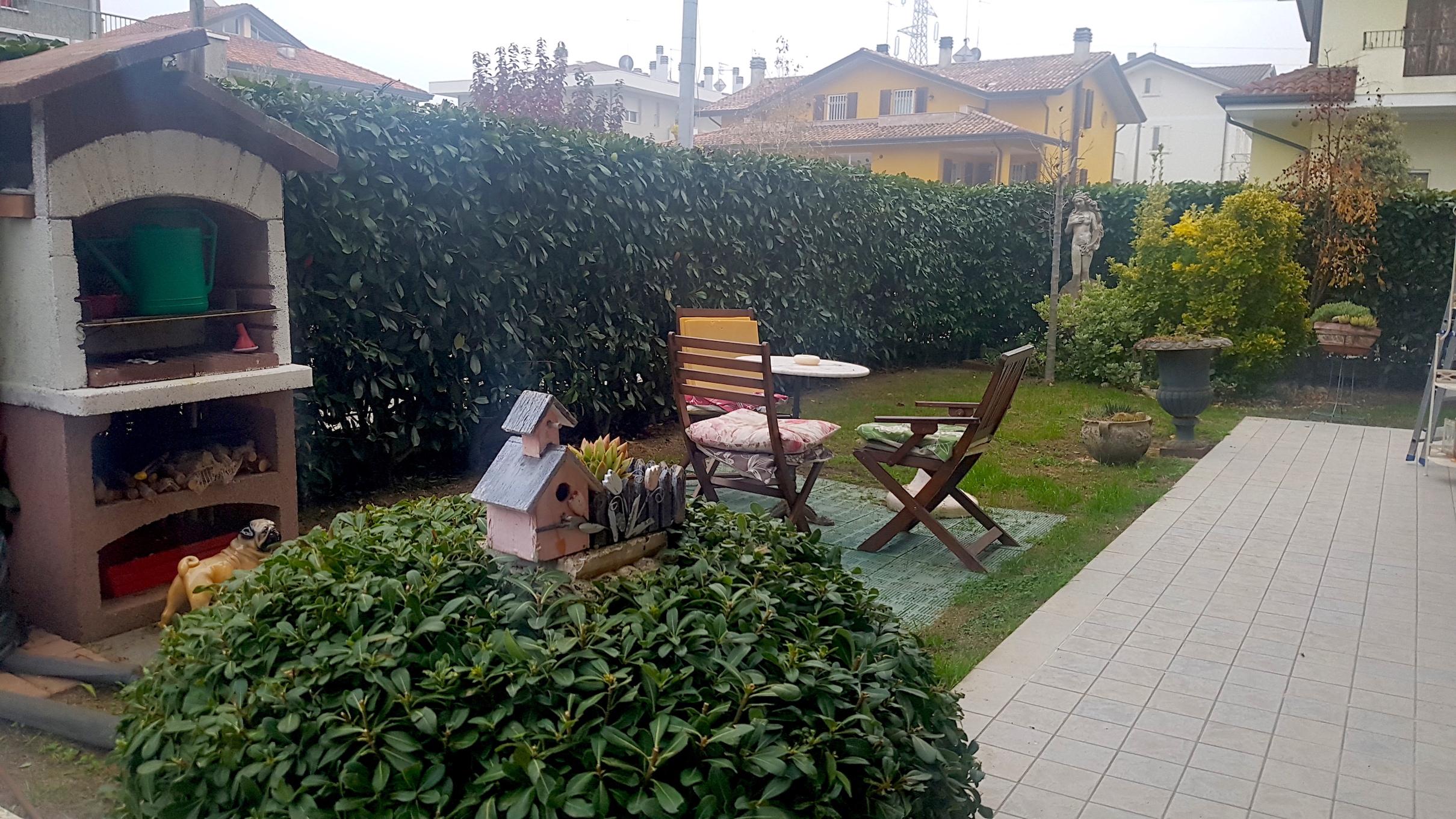 MISANO BELVEDERE, appartamento con giardino e garage doppio in vendita