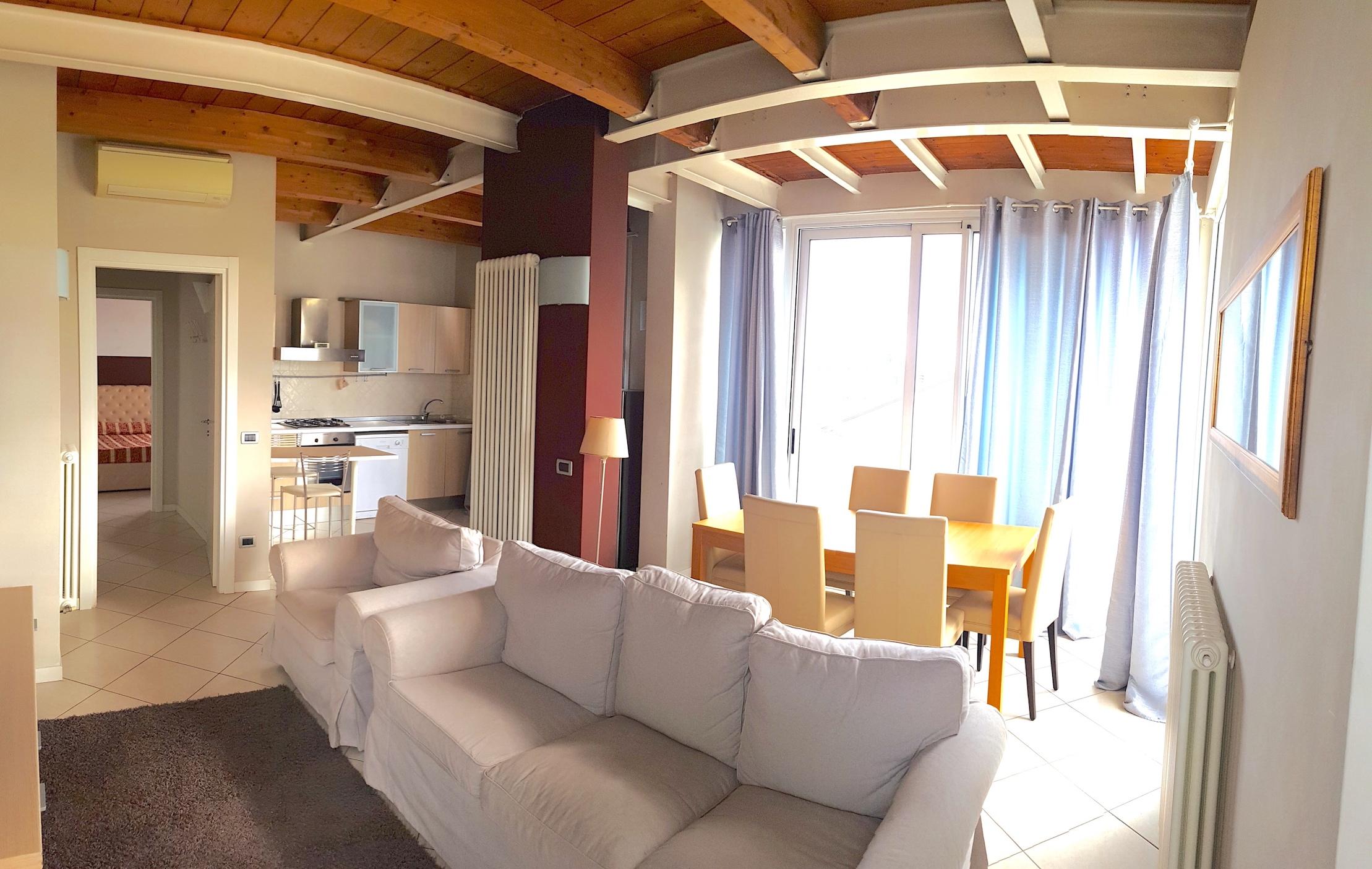 RICCIONE FONTANELLE, Attico 3 locali con vista mare in vendita